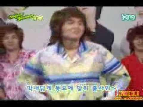 Super Junior Cute Dance Battle video