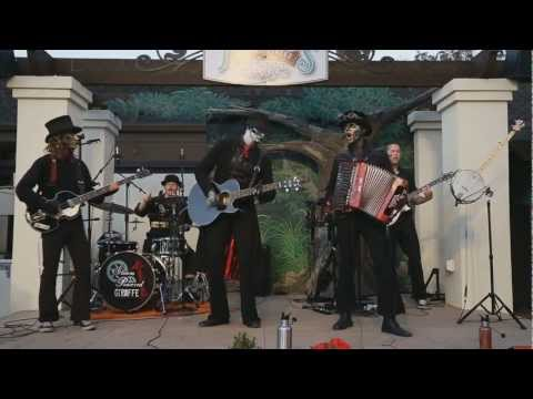 Steam Powered Giraffe: The Suspender Man