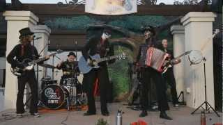 Watch Steam Powered Giraffe The Suspender Man video