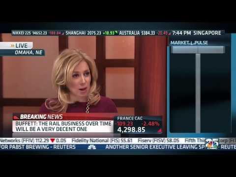 Warren Buffett Comes Out in Favor of the Keystone XL Pipeline