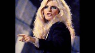 Watch Kim Carnes A Kick In The Heart video