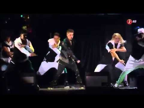Justin Bieber - Boyfriend Live At Zocalo Mexico (2012) video