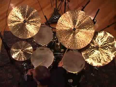 Mike Clark - Drumhead Solo (birds eye)