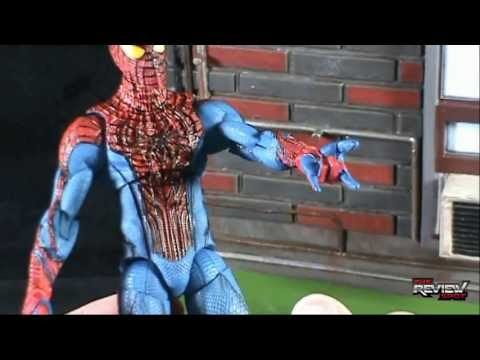 Toy Spot - Diamond Select Toys Marvel Select The Amazing Spider-man