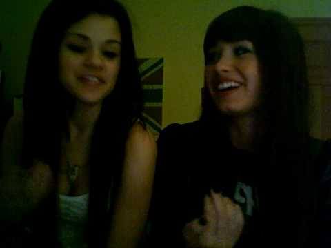 Demi Lovato and Selena Gomez vlog