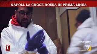 Napoli, la Croce Rossa in prima linea
