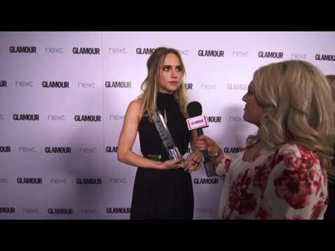 Suki Waterhouse Backstage Interview: Glamour Awards 2015