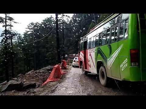 Jammu Kashmir Srinagar National Highway near Batote with Oneway Traffic