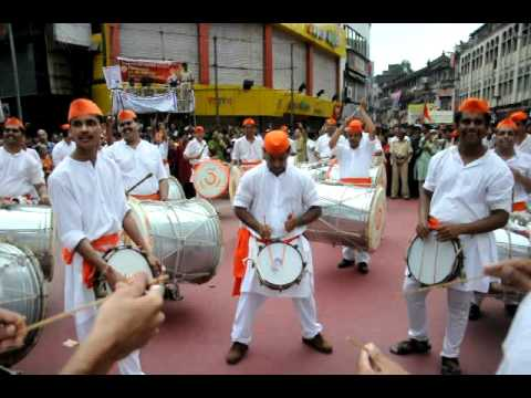 Hd: Vimlabai Garware Dhol Tasha Pathak (twashta Kasar, Laxmi Road) - 11 09 11 video