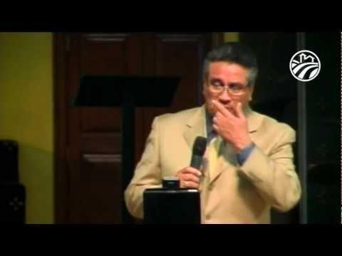 Pastor Chuy Olivares - El Abuso Espiritual