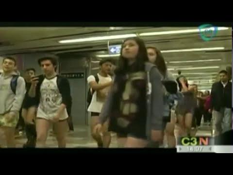 México se sumó al Día sin pantalones en el Metro