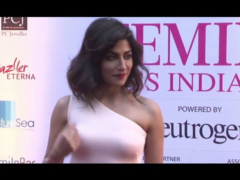 Chitrangada flaunting the audience in her tight out fit - Femina Miss India (Grand Finale)2015