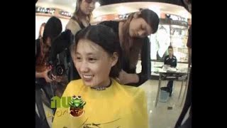 Beautiful Chinese girl sell her Long Haircut#2