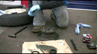 landroverworkshopDVD.com how to change landrover and discovery wheelbearings brake pads and discs