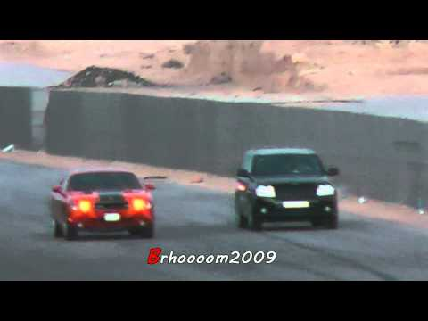 HD - Challenger SRT8 VS Jeep SRT8