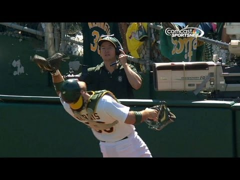 Norris makes a nice snag in foul territory