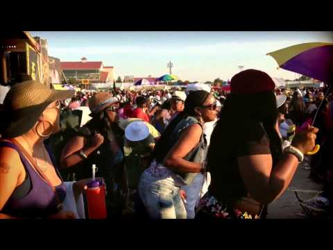 New Orleans Jazz Fest crowd does electric slide to Maze, featuring Frankie Beverly