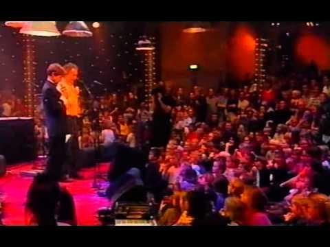 Sesamstraat in Paradiso - Wim T. Schippers & Paul Haenen (Bert & Ernie) - De dingen waar ik van hou