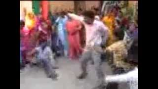 Funny Dance by a bihari at an Indian Marriage in a Village