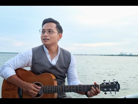 PAYUNG TEDUH - AKAD (ACCOUSTIC VERSION COVER BY ALGHUFRON)