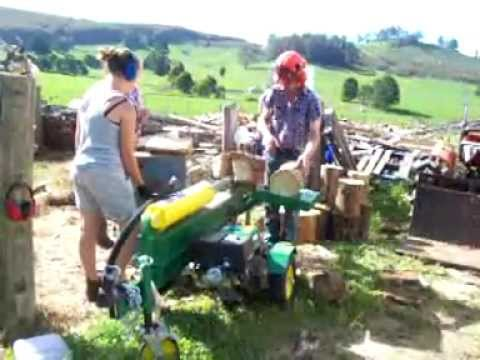 Wood splitter in action.avi