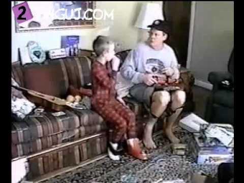 Video per te qeshur :D (2Tinguj.com)