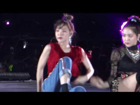 Red Velvet- Really Bad Boy SMTOWN LIVE CHILE