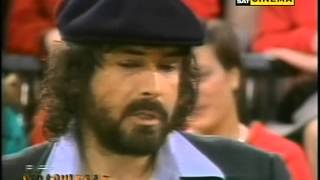 Pippo Baudo intervista Tomas Milian - Domenica In 1984