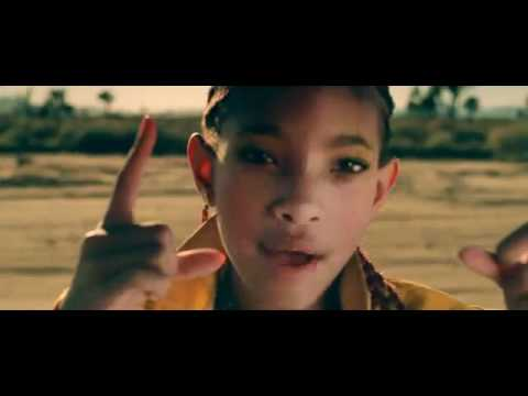 Willow Smith - 21st Century Girl - Music Video