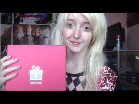 ASMR - Unboxing/Review: 'Memebox Global' - Water Sounds. Tapp