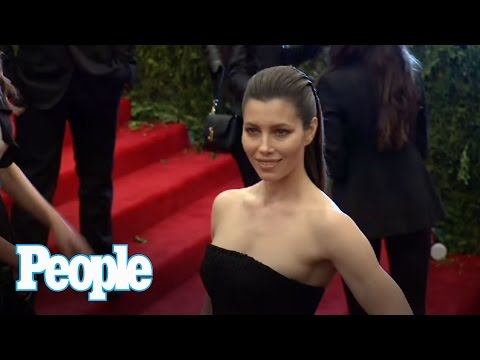 Watch the Stars Punk Out at the Met Gala!