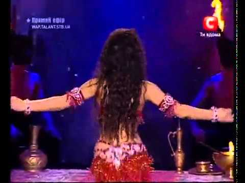 Belly Dance Танц със свещтник