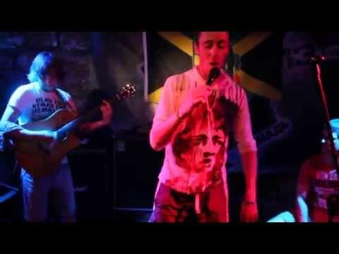 Видеоклип skarra mucci live at cultural roots mexico * yagga yagga!