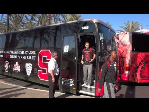 Stanford Cardinal Football Team Arrives At Rose Bowl Practice -- iFolloSports.com