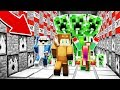 3 YOUTUBERS VS THE WORLD'S BIGGEST MINECRAFT CREEPER!