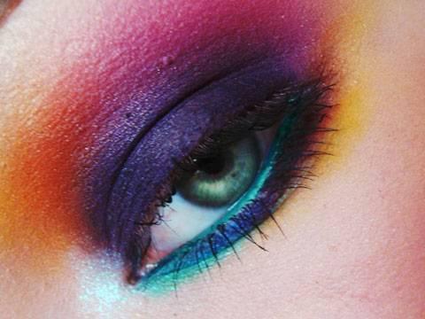 Rainbow Remix - Smokey Rainbow Makeup