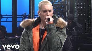 Eminem - Berzerk (Live on SNL)