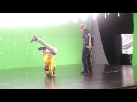 Simi and Justin on the set of Somebody to Love... having FUN!!! :D Music Videos