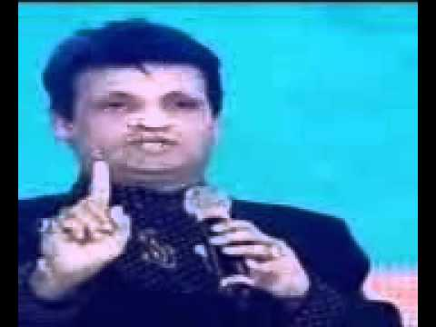 Hindi Comedy Amitabh Bachhan(zee Ciene Awards 2013) video