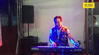 Demo organ Roland E-A7: Kẻ ở miền xa
