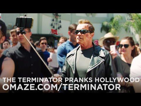 Arnold Schwarzenegger em pegadinha do Exterminador do Futuro