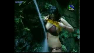 Download kashmira shah hot in Big Boss TV Show 3Gp Mp4