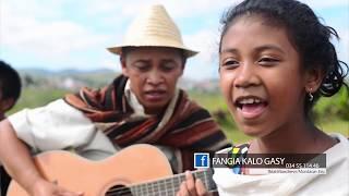 Neny  -  FANGIA KALO GASY (Clip Officiel)