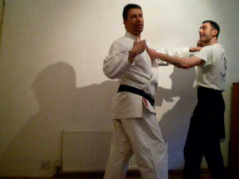 Bunkai: Soto Uke (Outside Block) & Related Kung Fu Techniques Image 1
