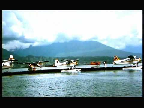 Na Tum Jaano Na Hum - Tum Se Mujhe Pyaar Kyun video