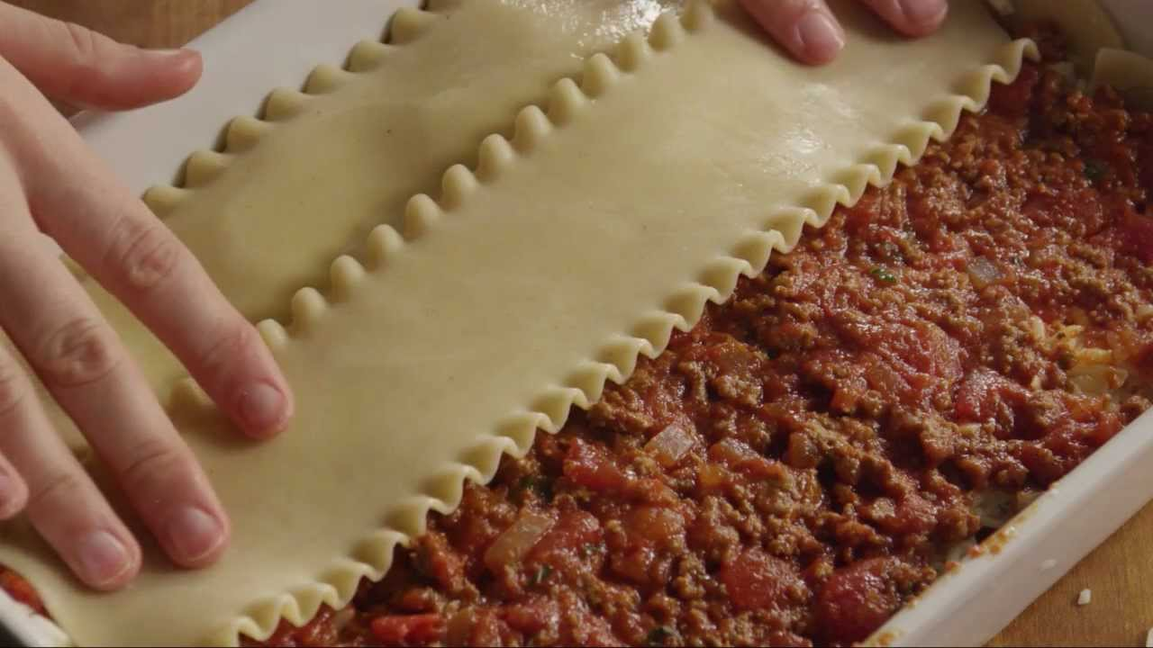 How to Make American Lasagna - YouTube
