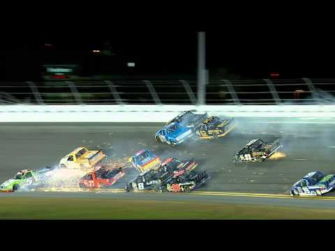 Huge crash during 2013 Daytona Truck race!