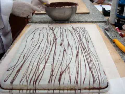 Making Straw Chocolate