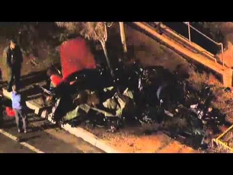 acidente que matou ator paul walker como ficou o carro youtube. Black Bedroom Furniture Sets. Home Design Ideas