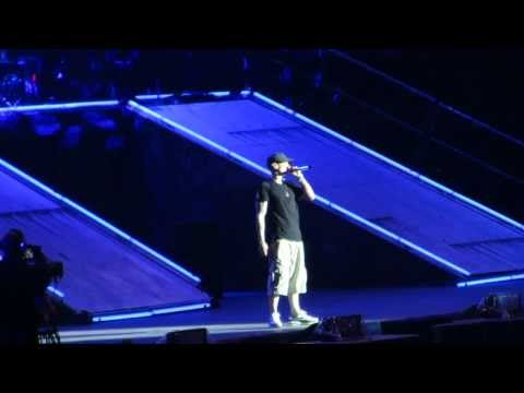 Eminem Not Afraid - Live  Stade de France Paris - 22082013 HD...